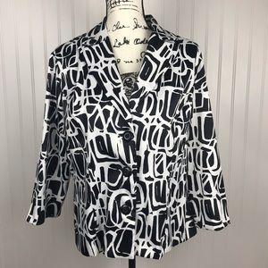 Dressbarn Black/White Abstract Button Blazer